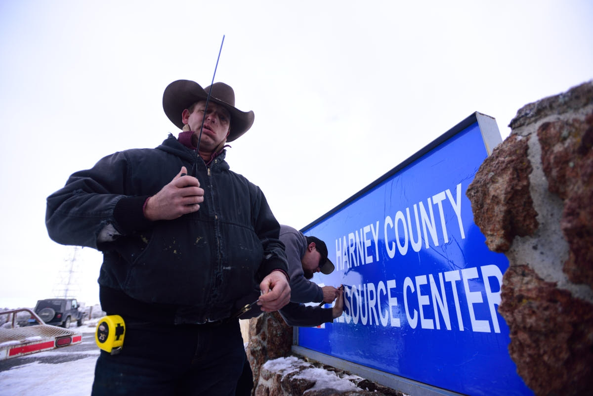 OR: Armed Men Show Support For Malheur National Wildlife Refuge Occupiers