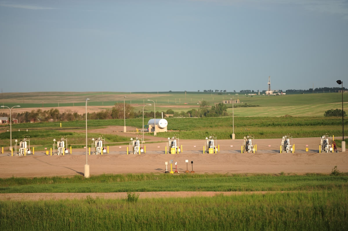 ND: Oil and Gas Industry Around New Town