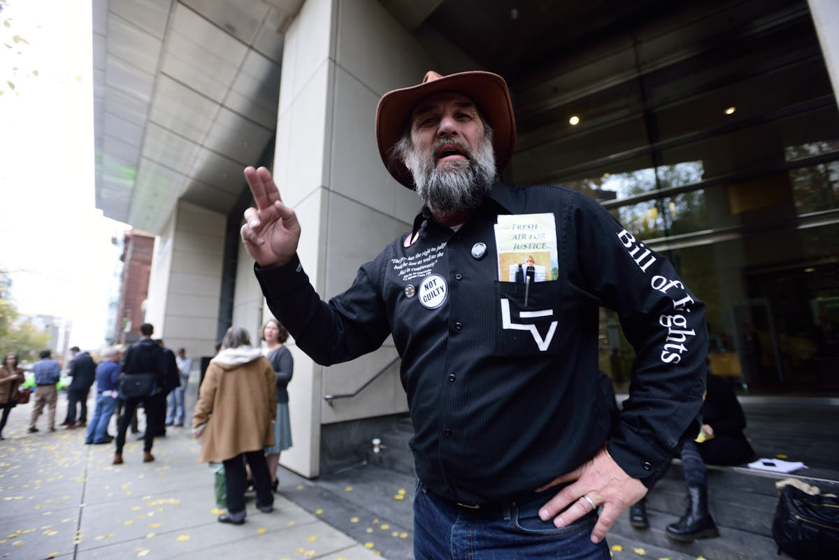 OR: Oregon Standoff Defendants Found Not Guilty