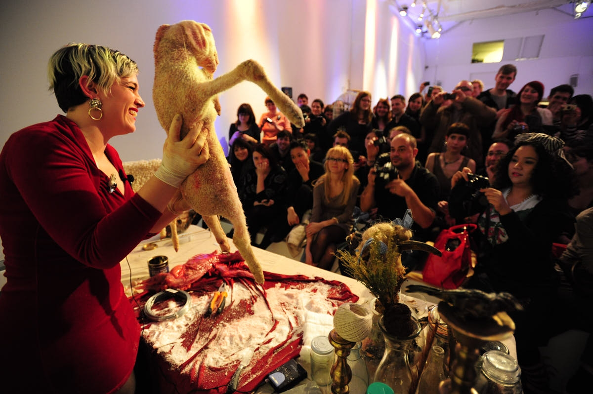 UK: Artist Performs Live DIY Taxidermy